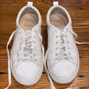 Dolce Vita cream white Sneakers Size 7